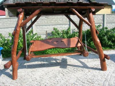 Rustikale überdachte Gartenschaukel  - handgefertigt aus massivem Eichenholz