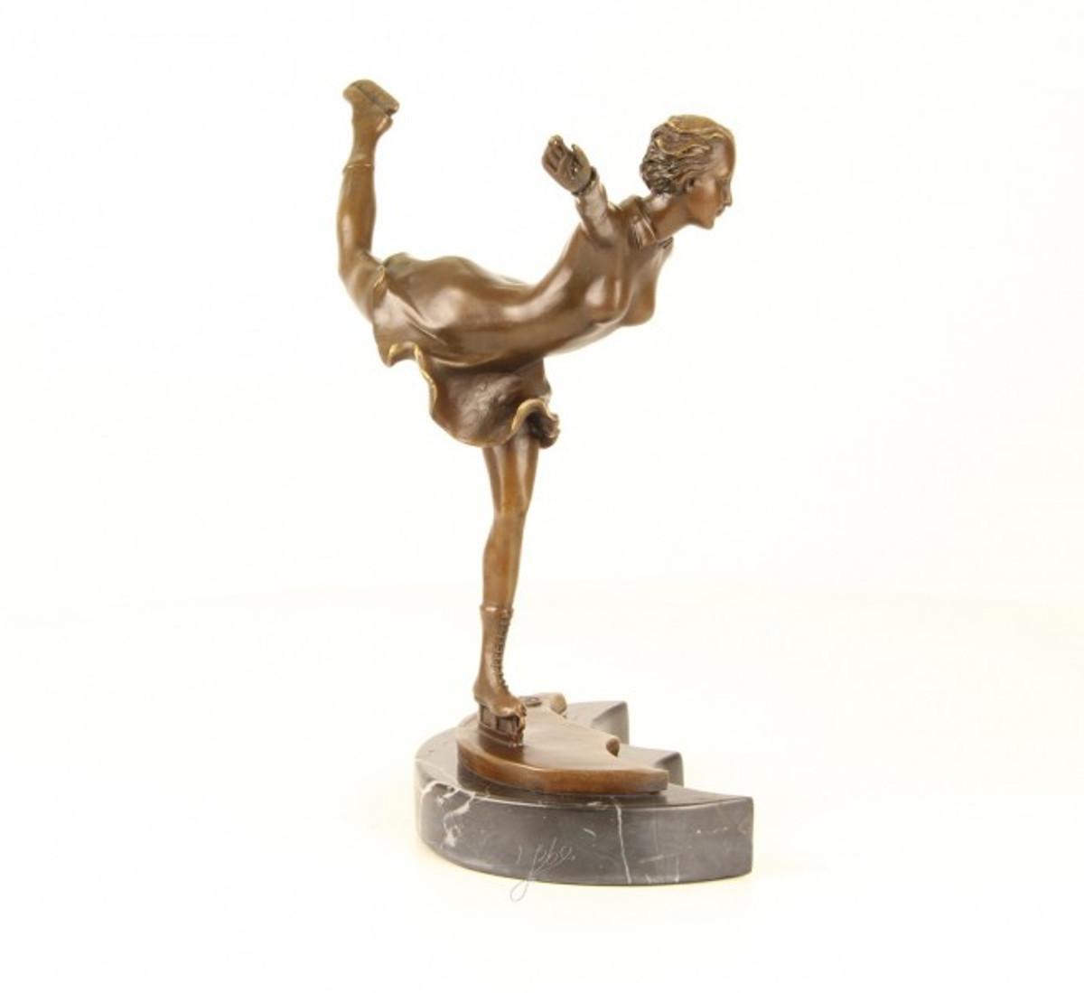 Eiskunstlauf Läuferin aus Bronze als Deko Skulptur für Eiskunstlauf Fans.