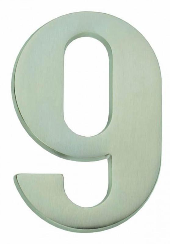 Haus Nummer Neun als Nummer 9 matt vernickelt als Türbeschlag für Ihre Haus Tür.