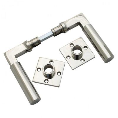 Design Türgriffe Türbeschläge Set Antik aus glänzendem Nickel. Edler Türbeschlag mit 2 passenden Drücker Rosetten.