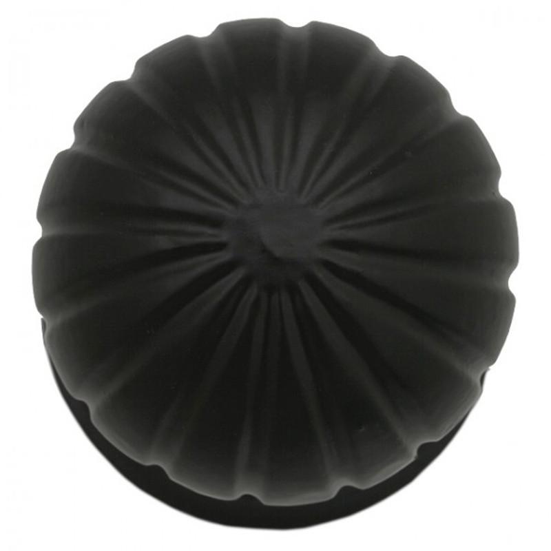 Antike Möbelgriffe neu repliziert. Edler Knauf für eine Tür in Eisen schwarz. Schlichter und zeitloser Türknopf.