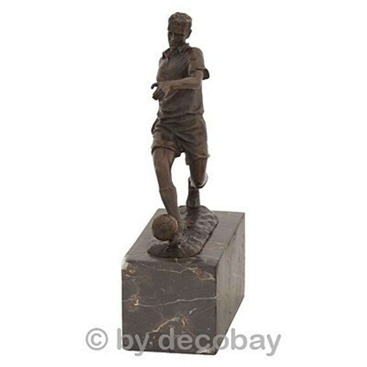 Balkon Dekoration Fussballer Figur Sportler Pokal Bronze damit Sie der Erste sind der so schöne Balkon Deko hat.