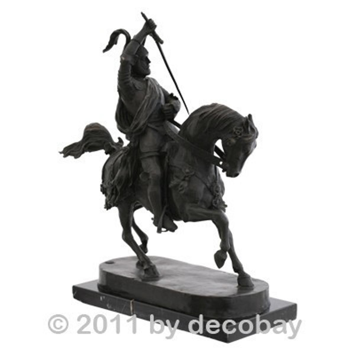 Bronze Skulpturen Garten Pferd Ritter in Rüstung zum Kampf Skulptur für Liebhaber von Pferden, Mittelalter und Antike.