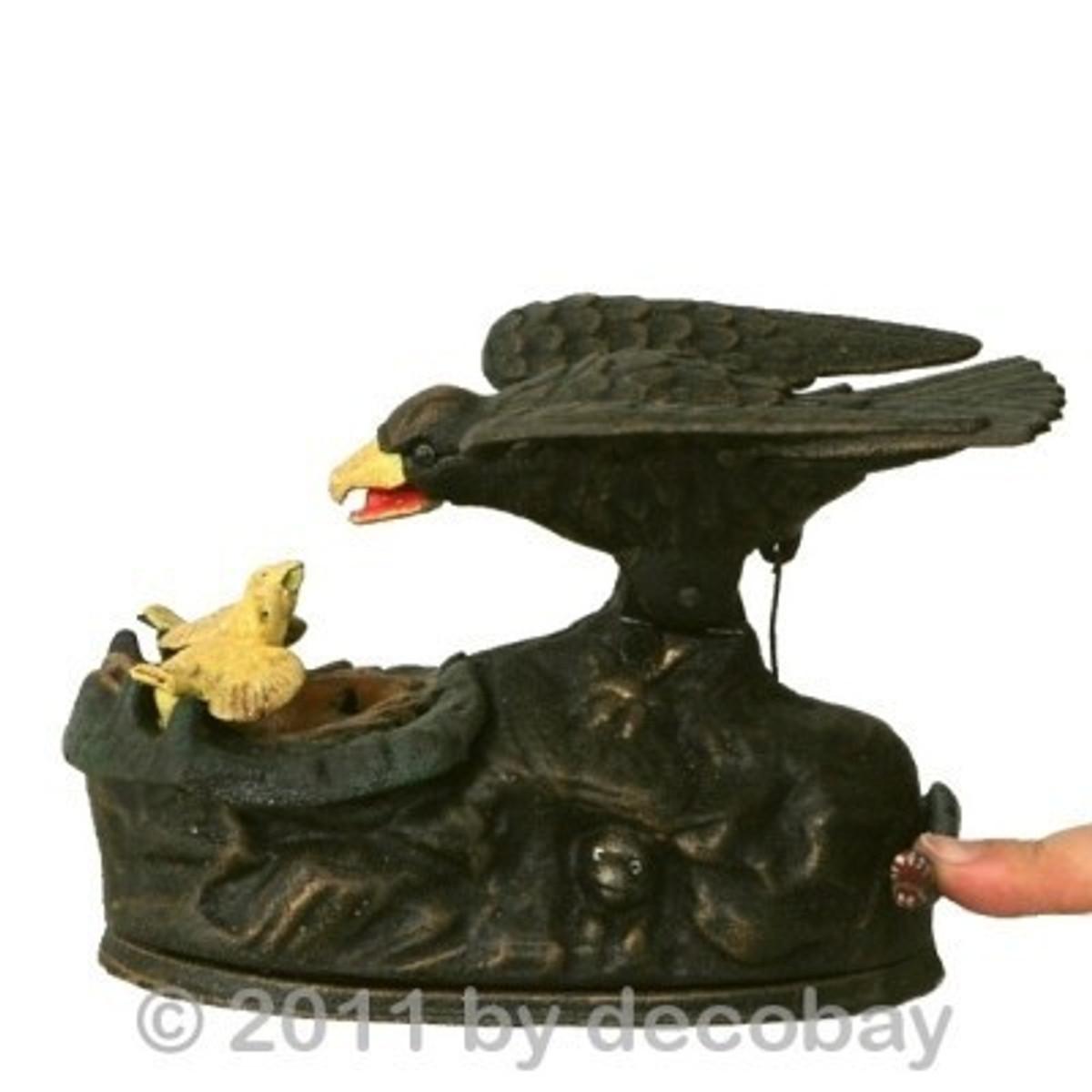 Raben Rabe Spardose Küken Dekoration für kleine und große Sparfüchse. Sparbüchse aus Gusseisen mit lustigem Tier Motiv.