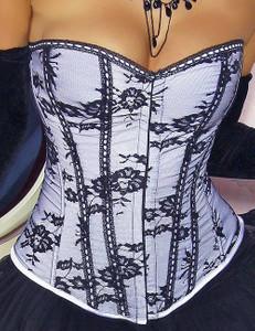 Zugeschnürt Shop - Verführerische Corsage aus Spitze und Satin weiß/schwarz – Bild $_i