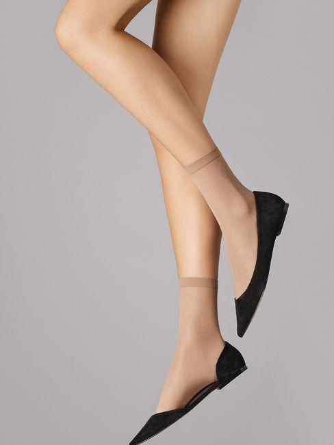 Wolford Satin Touch Socks, Feinsöckchen – Bild 2