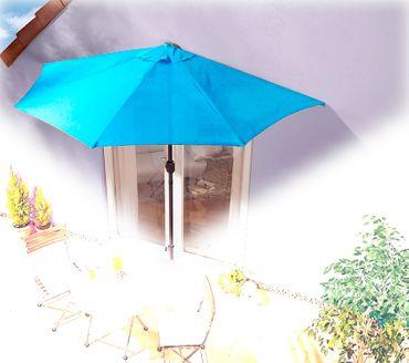 IMC Sonnenschirm türkis halbrund Kurbel Sonnenschutz Garten Balkon Terrasse blau – Bild 1