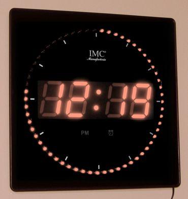 IMC LED Wanduhr Zahlen orange quadratisch digital Uhr Datum Temperatur Alarm S