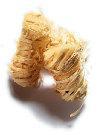 1 Kg HuSaMae Bio Anzünder aus Holzwolle und Wachs