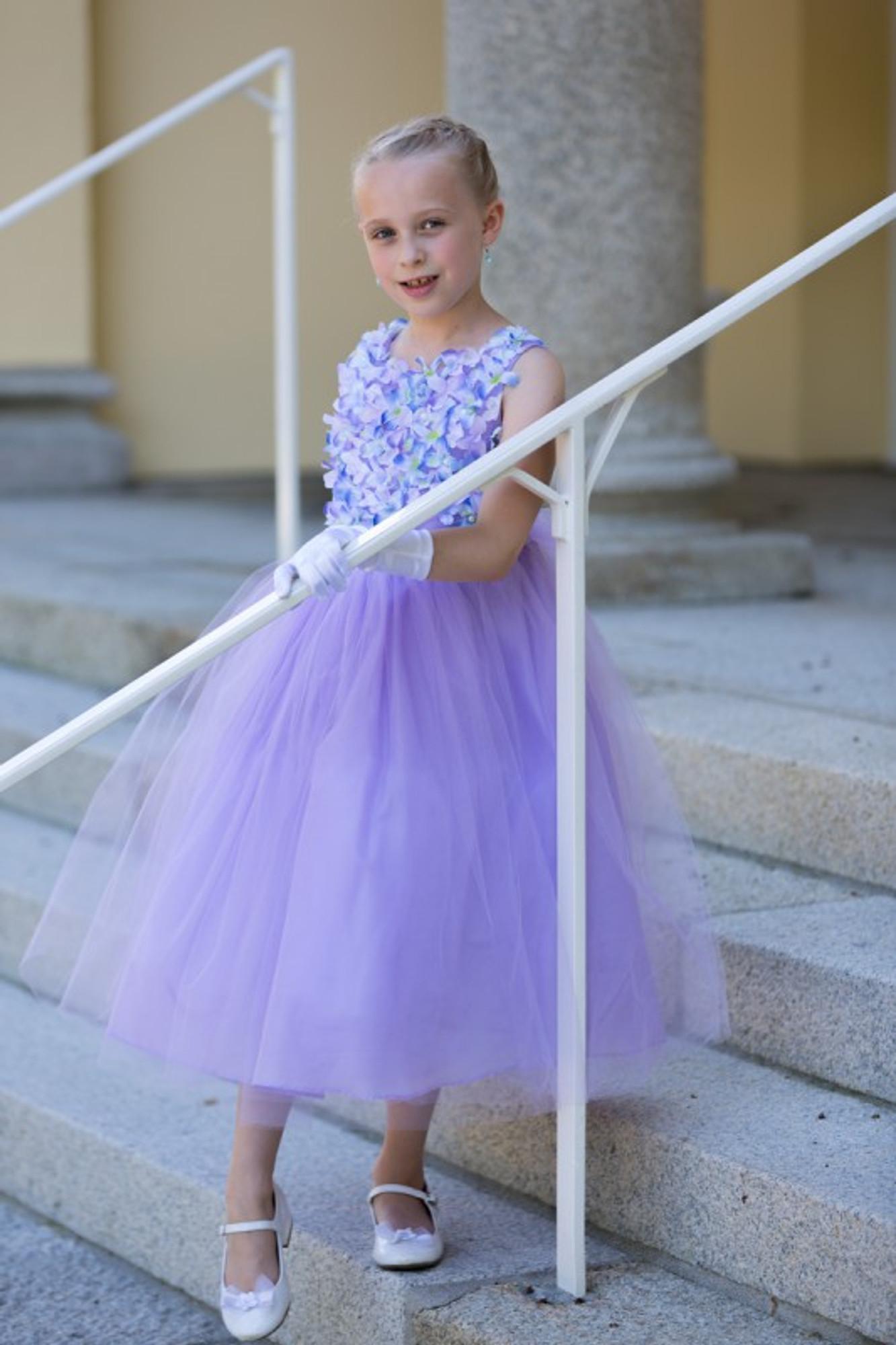 Kleider festlich pastell