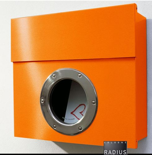Briefkasten Letterman I Postkasten orange von RADIUS DESIGN 506a