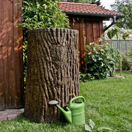 Regenwassertonne Baumstamm Evergreen 475 liter braun – Bild 3