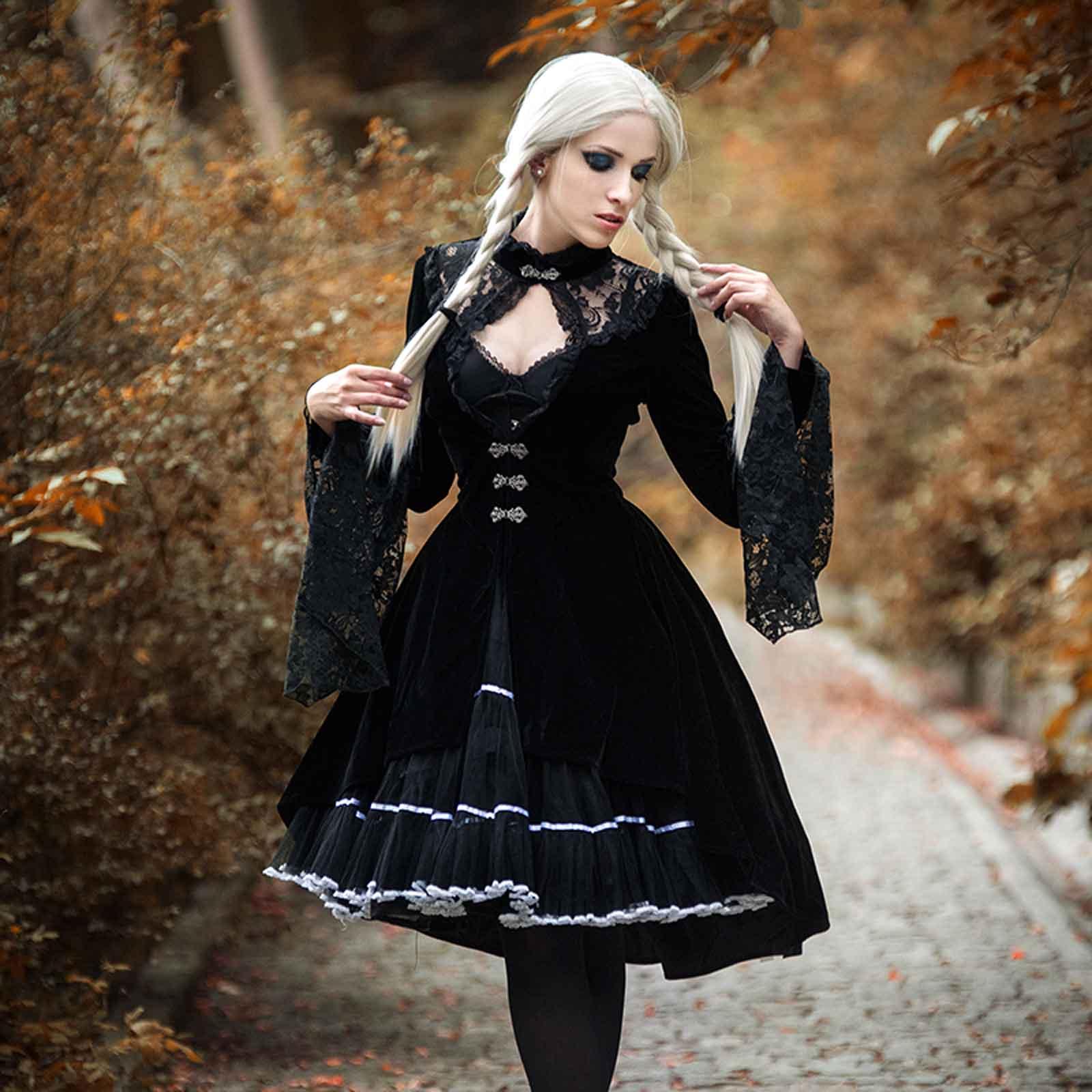 2faf0e3984 DARK IN LOVE Gothic Velvet Coat