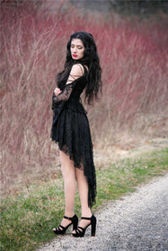Detailbild zu DARK IN LOVE Black Lady Dovetail Kleid