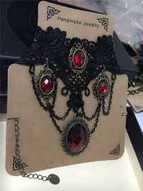 Detailbild zu DARK IN LOVE Red Ruby Gothic Halsband