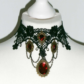 DARK IN LOVE Red Ruby Gothic Halsband