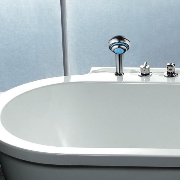 Exklusiv Whirlpool wird garantiert zum Blickfang in jedem Badezimmer! Bild 2