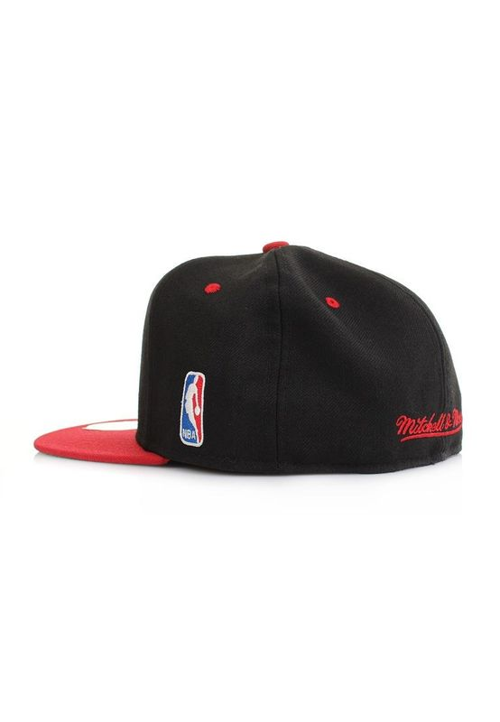 Mitchell & Ness Basic Fitted Cap - MIAMI HEAT - Black-Scarlet – Bild 2