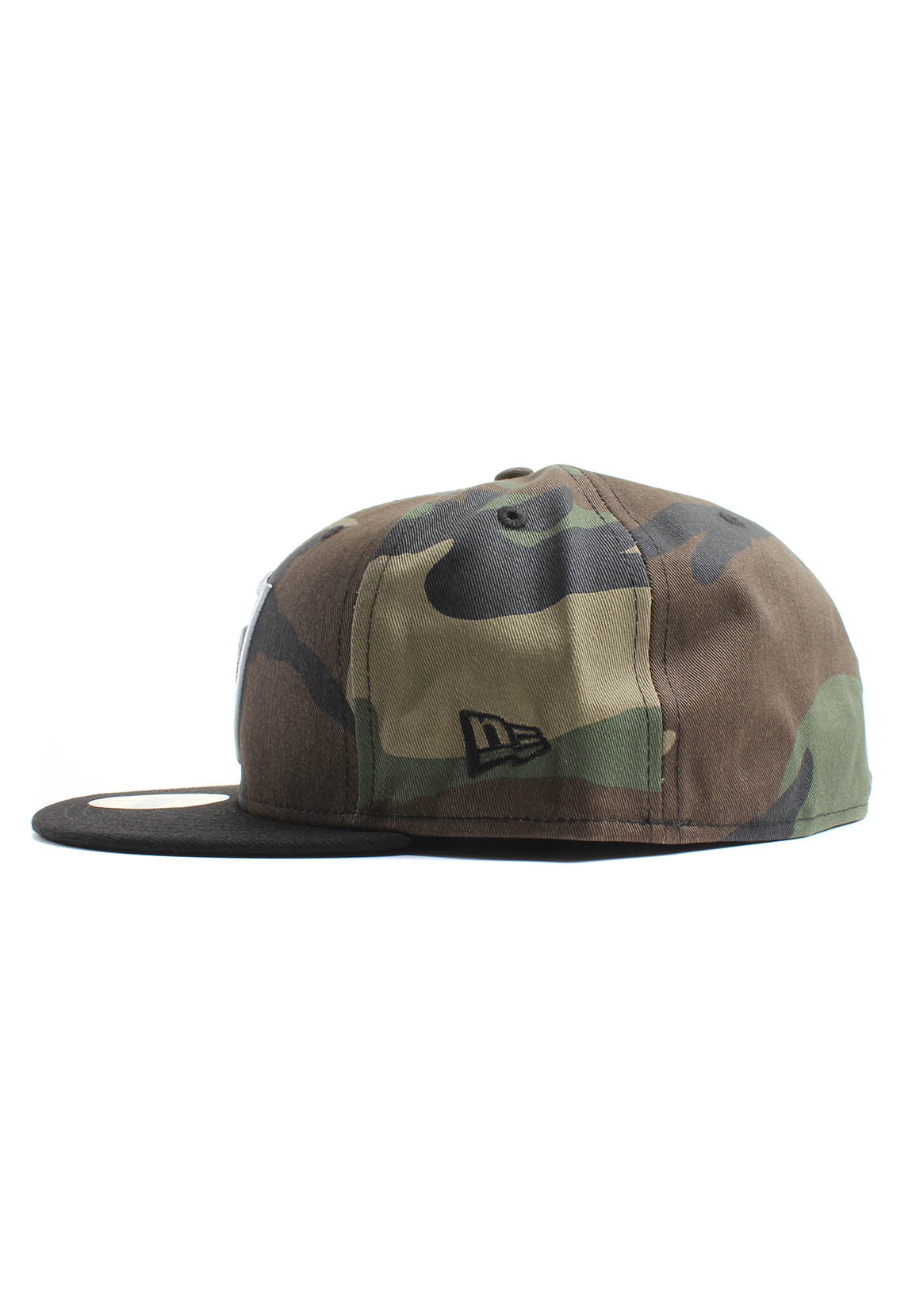 bdfbeb6495ff New Era Oakrai Woodlan 59Fifty Cap OAKLAND RAIDERS Camouflage Schwarz