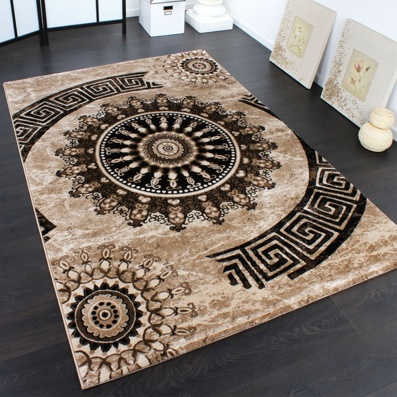 Carpet With Classic Pattern Circle Ornaments In A Mixture Of Brown and Beige