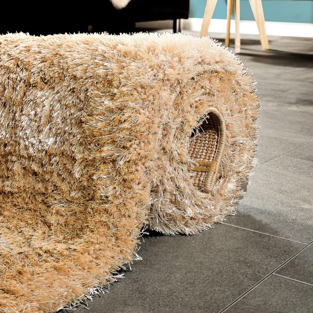 edler teppich shaggy einfarbig beige hochflor teppiche. Black Bedroom Furniture Sets. Home Design Ideas