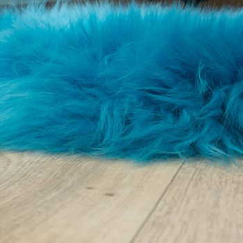 Australisches Lammfell Naturfell Bettvorleger Echtes Schaffell In Petrol Blau – Bild 2