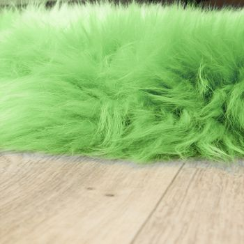 Australisches Lammfell Naturfell Bettvorleger Echtes Schaffell In Apfel Grün – Bild 2