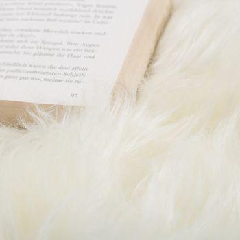 Australisches Lammfell Naturfell Bettvorleger Echtes Schaffell In Naturweiß – Bild 2