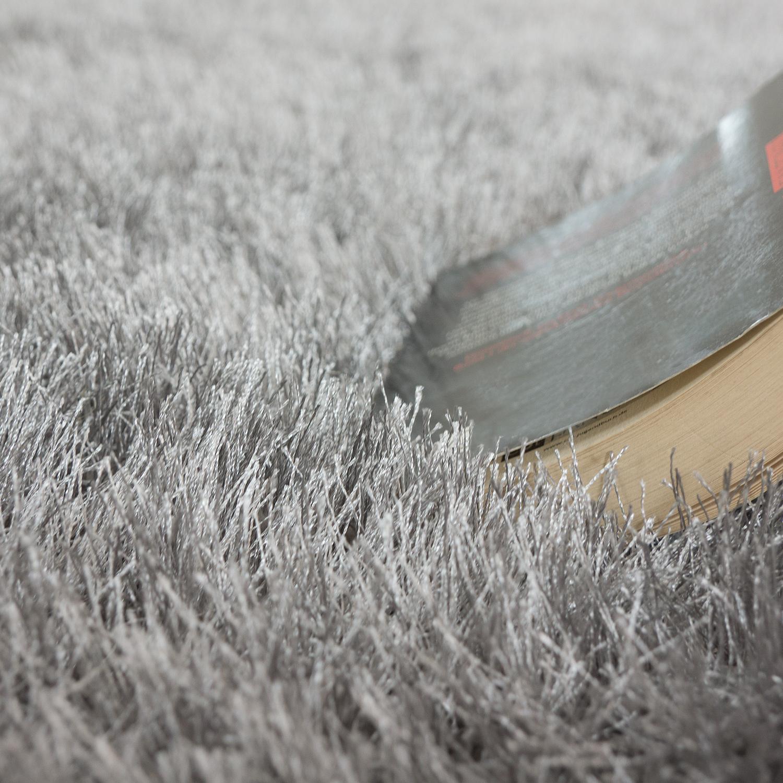 shaggy hochflor teppich modern soft garn mit glitzer in uni hellgrau grau ebay. Black Bedroom Furniture Sets. Home Design Ideas