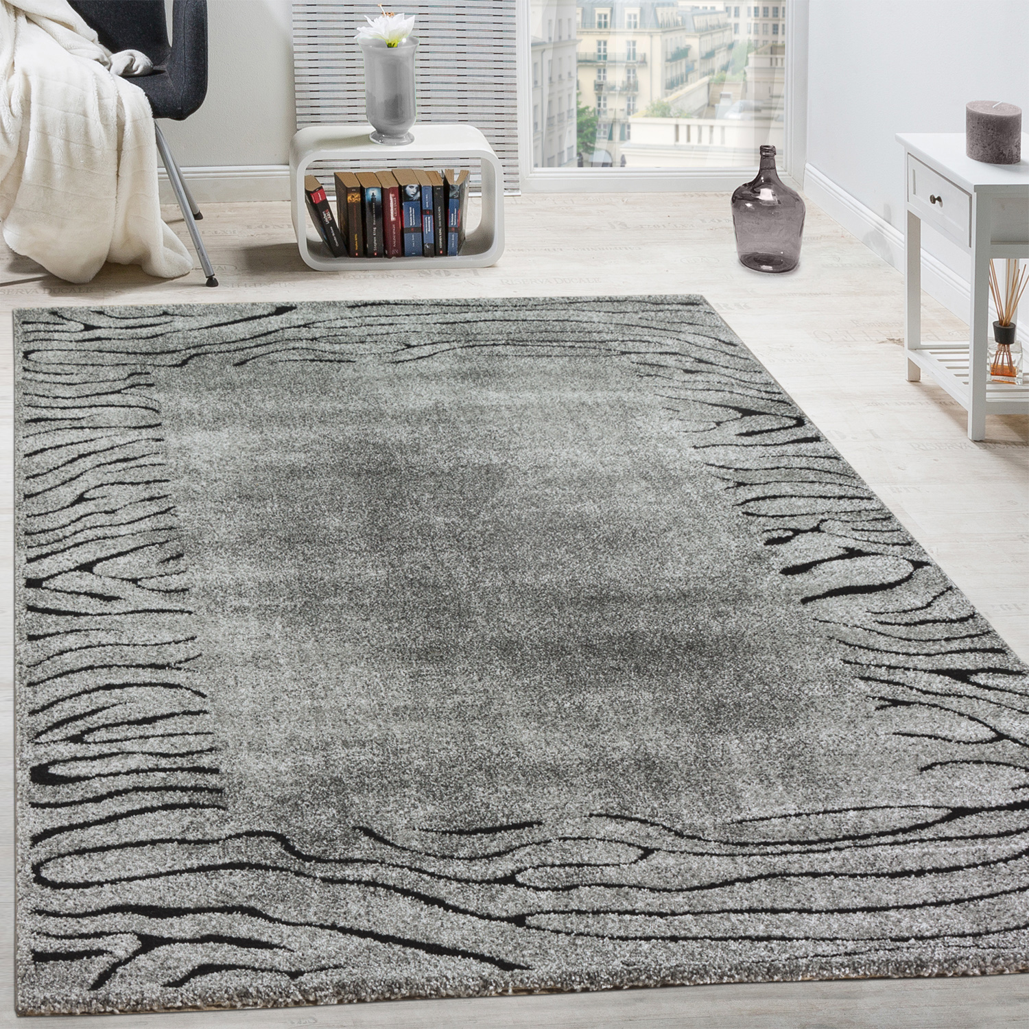 l gant tapis de cr ateur safari style poils ras contours d coup s gris noir tapis tapis poil ras. Black Bedroom Furniture Sets. Home Design Ideas