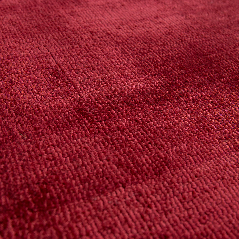 teppich seidenoptik rot handgefertigt naturfaser teppiche. Black Bedroom Furniture Sets. Home Design Ideas