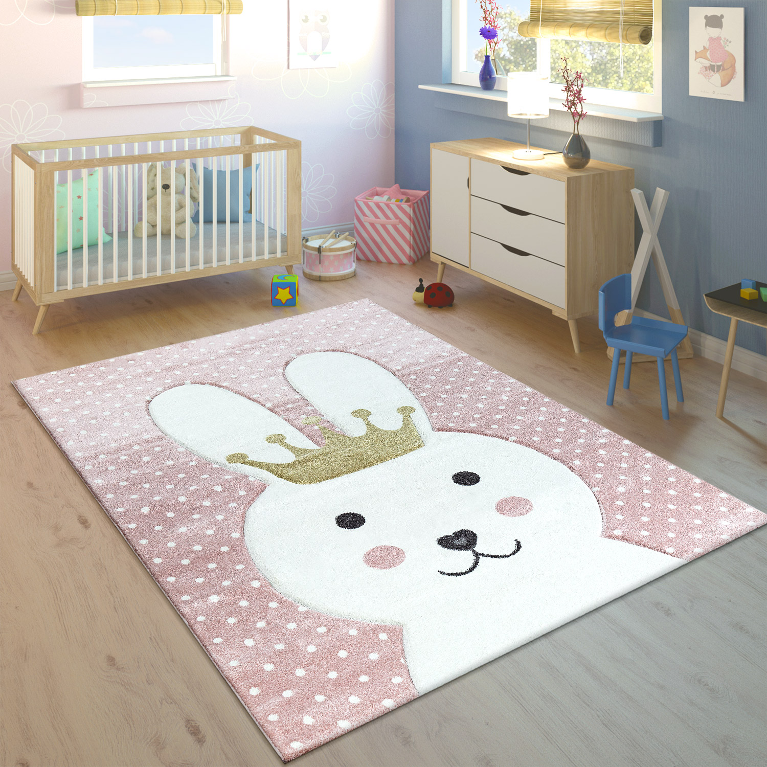 tapis pour enfant lapin avec couronne moderne gris tapis enfants. Black Bedroom Furniture Sets. Home Design Ideas