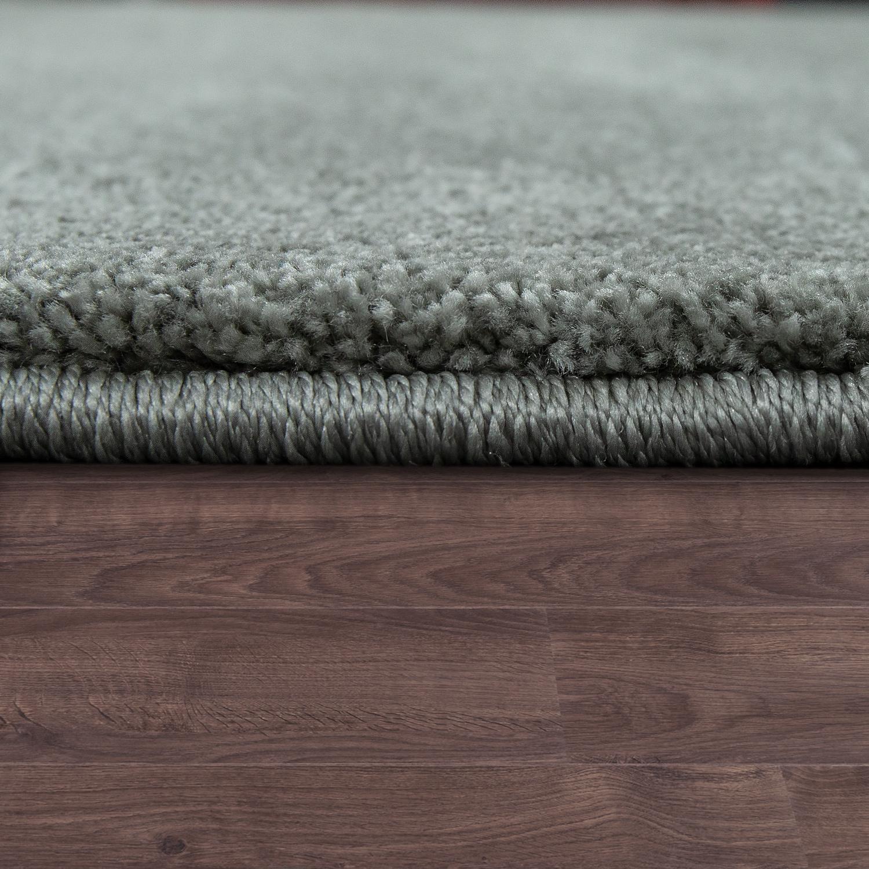 kurzflor teppich hochwertig einfarbig grau hochflor teppiche. Black Bedroom Furniture Sets. Home Design Ideas