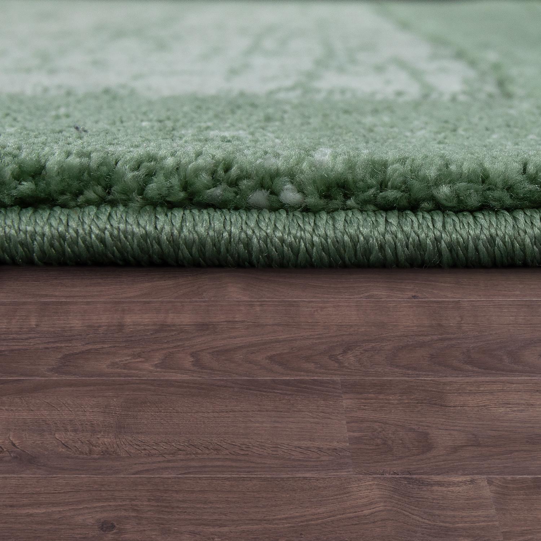 kurzflor teppich bord re farbverlauf gr n teppiche. Black Bedroom Furniture Sets. Home Design Ideas