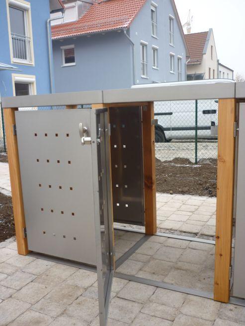Durchgangstüre für Mülltonnenboxen