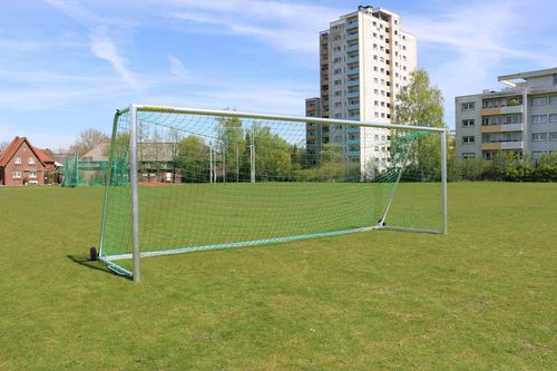 "Trainingstor 7,32 x 2,44 m vollverschweißt - ""All Inklusive"""