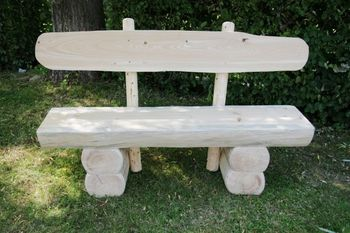 Rustikale Gartenbank aus Holz, massive Gartenmöbel Holzbank – Bild 1