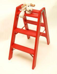 Doppelleiter-Classic mit geriffelten Stufen in rot (RAL 3000) durchscheinend lasiert – Bild 1