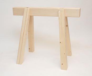 Schwerer Arbeitsbock Zimmererbock aus Holz 100 cm Höhe 80 cm