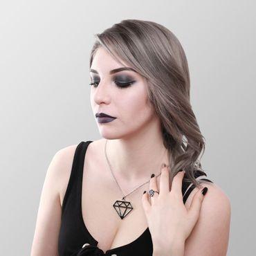 Metallkette mit Diamant Anhänger – Bild 1